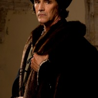 CROMWELL KEEPS HIS HEAD IN WOLF HALL