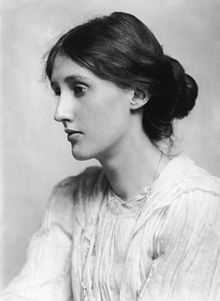 220px-george_charles_beresford_-_virginia_woolf_in_1902_-_restoration